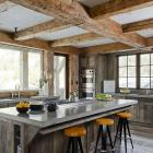 Rustic gone wild in Big Sky - ski retreat by OSM (On Site Management)